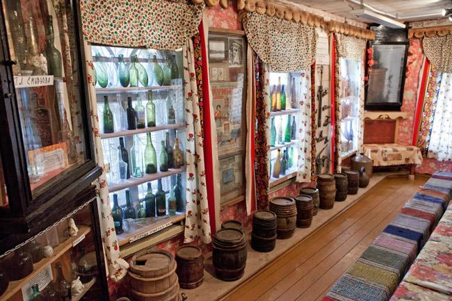 Внутри водочного музея