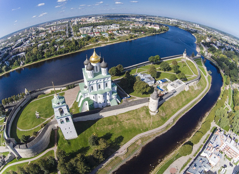 Псковский Кремль вид