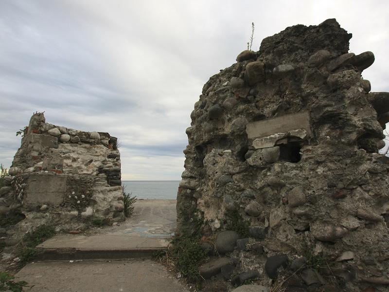 Раскопки крепости Диоскурии