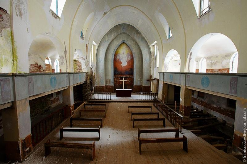 Лютеранская кирха внутри