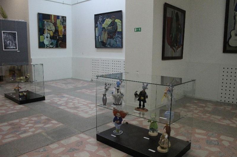 Музей современного искусства внутри