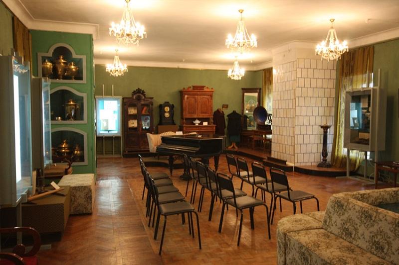 Усадьба Ивановское внутри