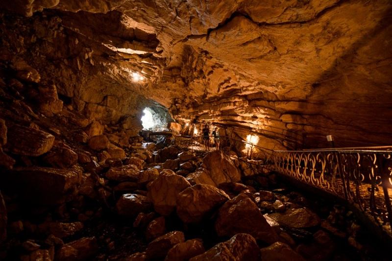Воронцовские пещеры внутри
