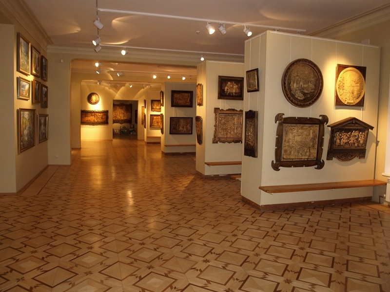 Выставочный центр Кронида Гоголева внутри