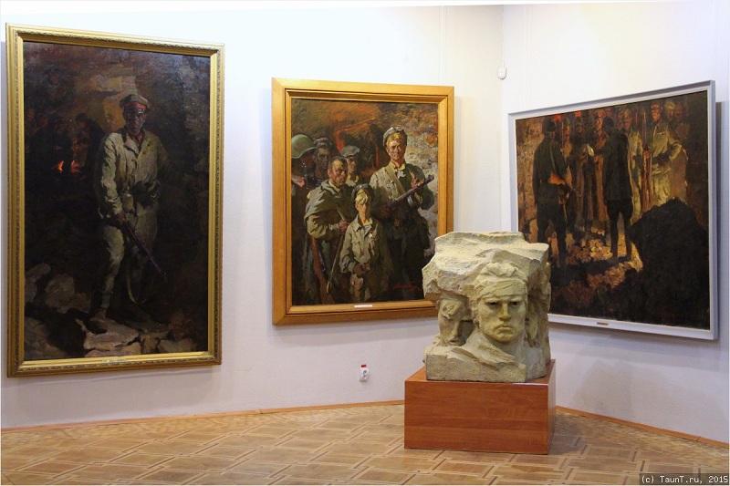 Картинная галерея внутри