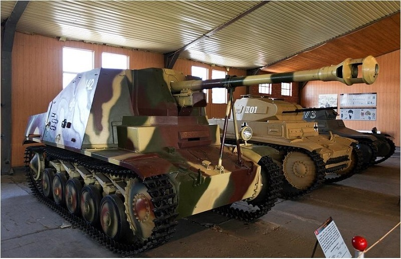 Музей бронетанкового вооружения вид