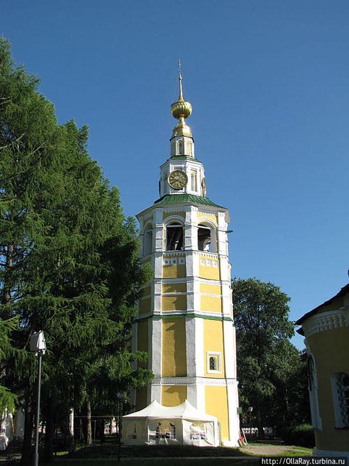 Колокольня Спасо-Преображенского собора