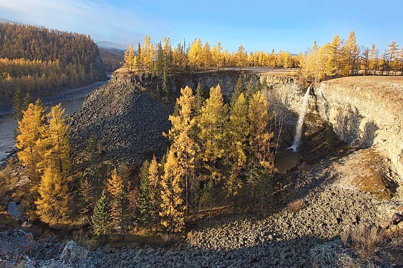 Жом-Болокский водопад