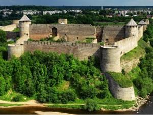 Ивангород и его крепость: как попасть и что обязательно посмотреть