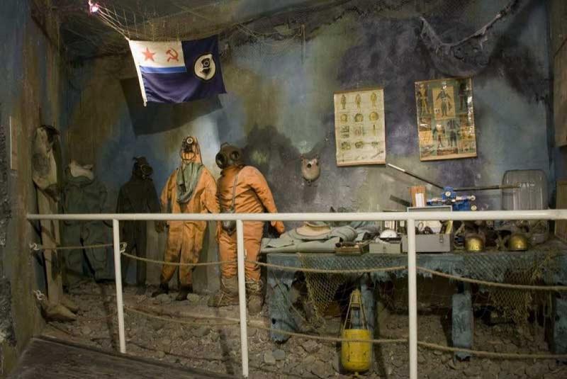 Музей катастроф на водах внутри