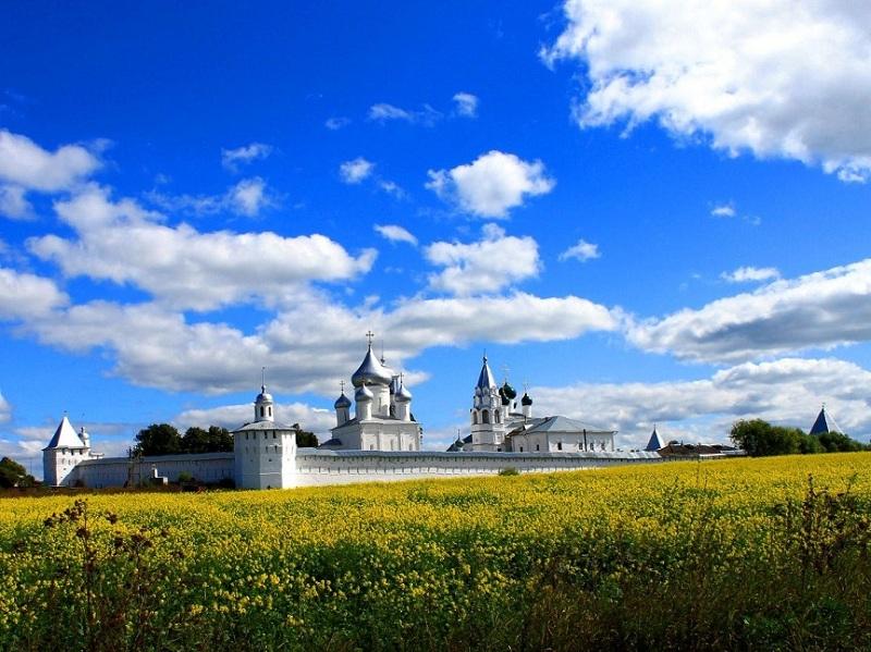 Никитский монастырь весь