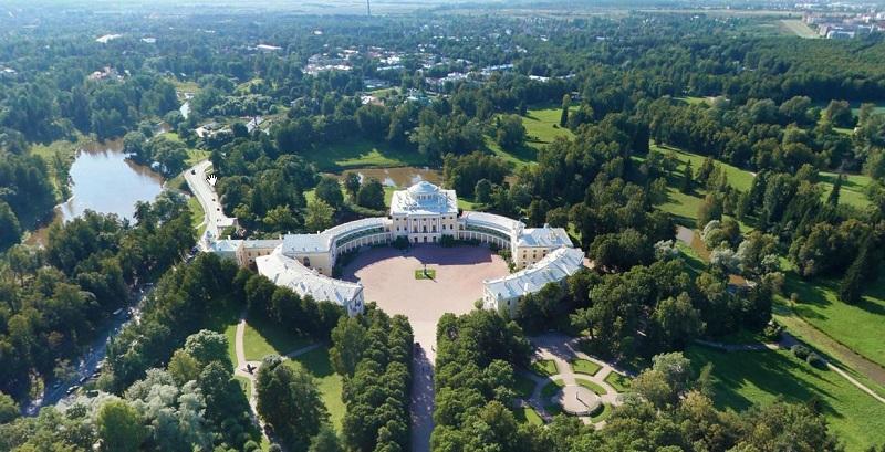 Павловский дворец вид