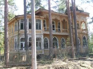 Что посмотреть в Комарово: дачи известных людей, музей и некрополь