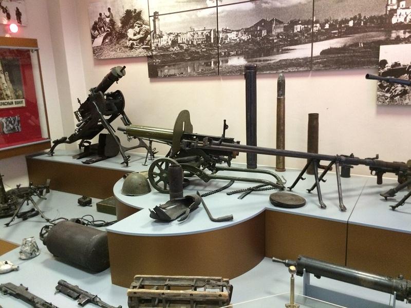 Музей Северо-Западного фронта внутри
