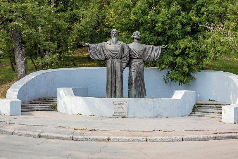 Памятник Череповецким
