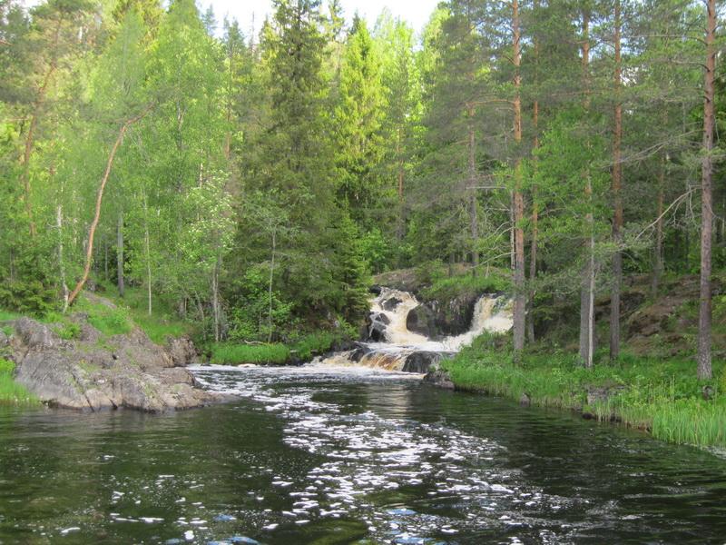Рускеальские водопады вид