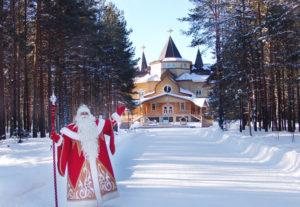 Великий Устюг: что посмотреть и как сходить в гости к Деду Морозу?