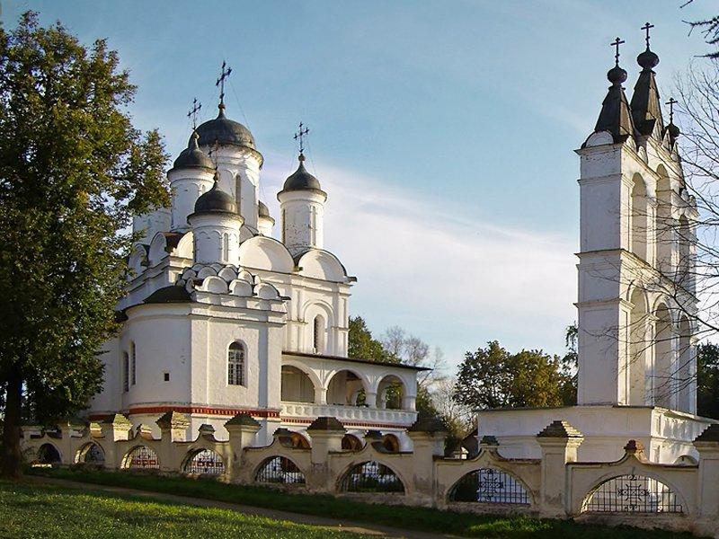 Усадьба Большие Вязёмы церковь