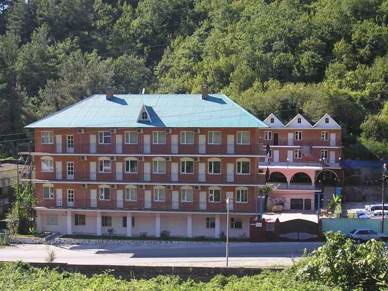 Лазаревское отель