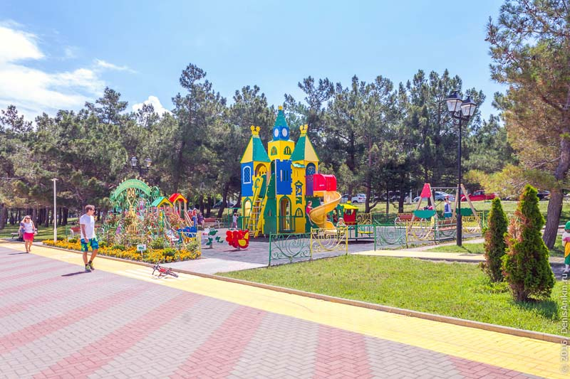 Геленджик детская площадка
