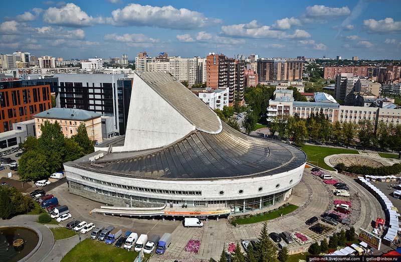 Новосибирский академический молодёжный театр