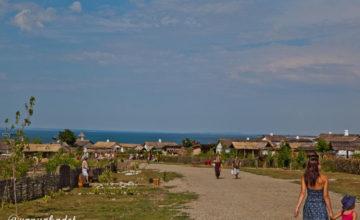 Лучшие пляжи поселка Кучугуры с описаниями, фото и отзывами