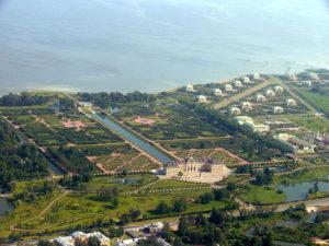 Что стоит посмотреть в Стрельне в первую очередь: дворцы и парки